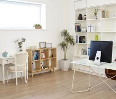 Panele –  materiał na podłogę do domu